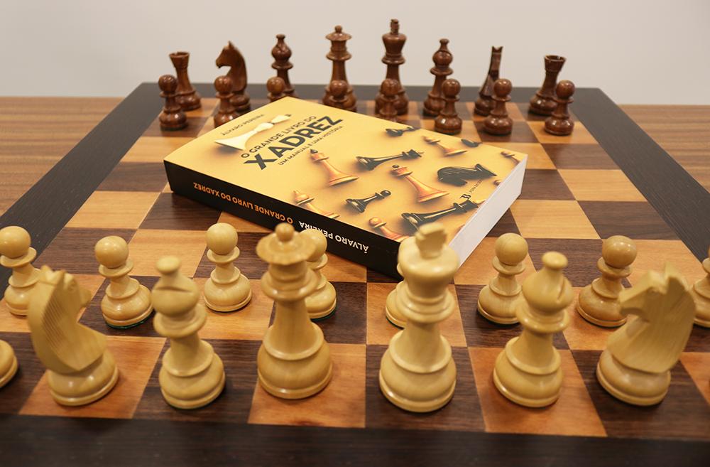 O Grande Livro do Xadrez - Um Manual e uma História por Álvaro Pereira